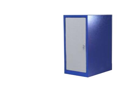 """Тумба ВТ окрашена в синий цвет """"шагрень"""" полки и двери в серый."""
